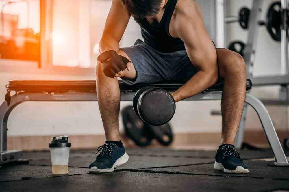 Comment utiliser un banc de musculation complet ?