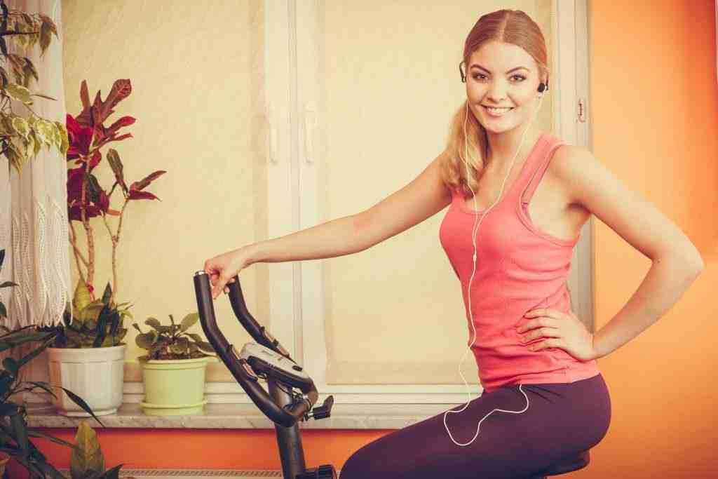 Est-ce que le vélo d'appartement fait perdre du ventre ?