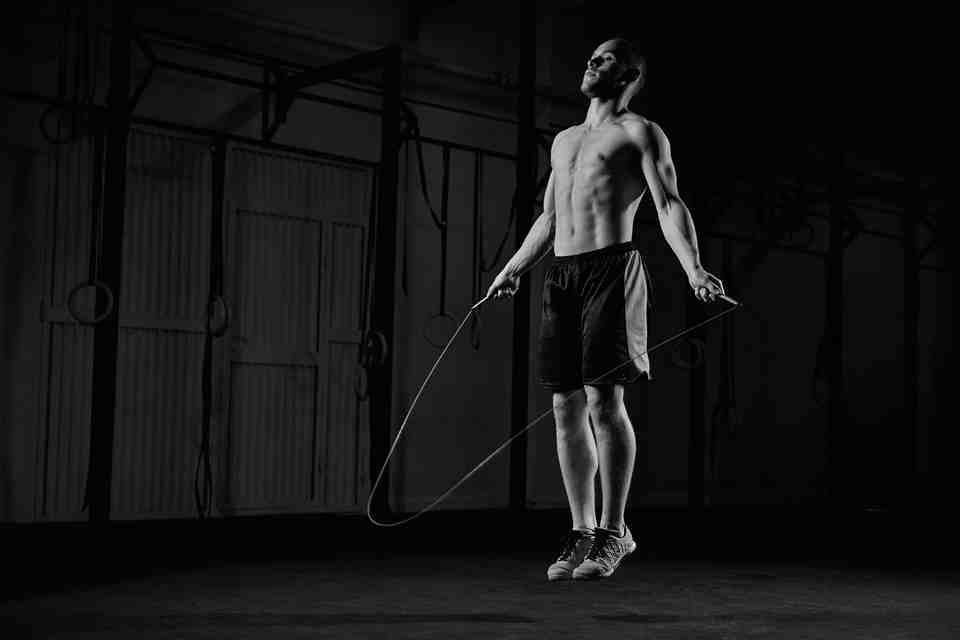 Est-ce que la corde à sauter fait perdre des cuisses ?