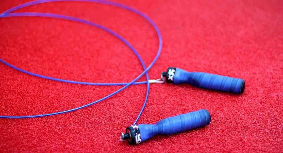 Comment faire si on a pas de corde à sauter ?