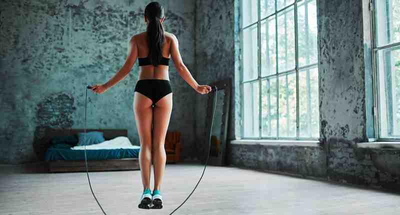 Comment perdre du poids en sautant à la corde ?