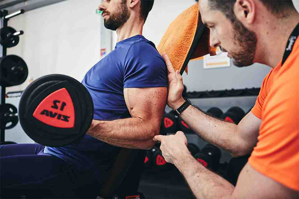 Comment bien faire travailler les biceps ?