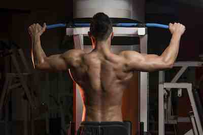 Comment fixer Pull Up Bar 900 ?